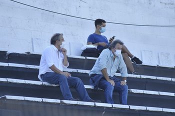 Arturo y Héctor Del Campo en la tribuna principal