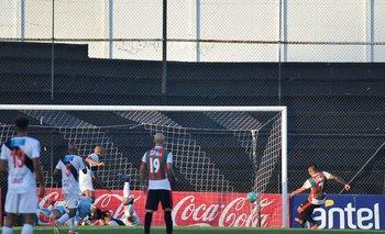 El gol de Picante Pereyra que en el último minuto del partido del martes estableció el descenso de Danubio