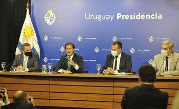 Álvaro Delgado, Lacalle Pou, Daniel Salinas y Robert Silva en conferencia de prensa