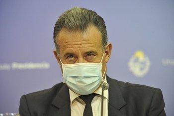 Daniel Salinas tras una conferencia de prensa