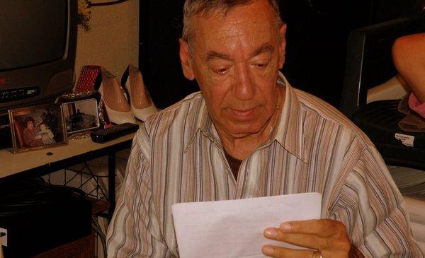 Murió Derly Martínez, histórico locutor de Radio Clarín