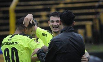 El Canario Álvarez Martínez es el nuevo goleador de Peñarol