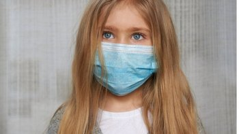 El síndrome del PIMS detectado en menores que superaron el covid-19 es raro pero grave