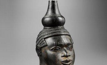 Este bronce de Benín fue vendido a un coleccionista privado por la suma récord de US$14 millones.