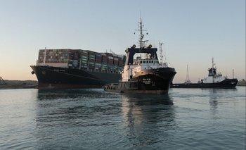 En la actualidad el80% del comercio internacionalse desplaza por mares y océanos.