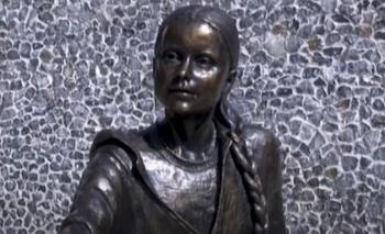 Estatua de Greta Thunberg