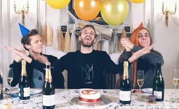 PewDiePie publicó un video felicitando y haciendo bromas a su rival