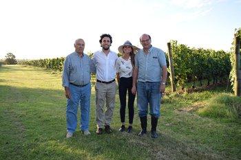 Juan y Juan Pablo Bouza, Sofia Knuppel y Eduardo Boido