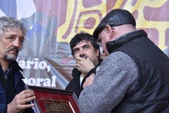 Óscar Andrade no paga tributos desde 2011, según muestra un informe de Santo y Seña