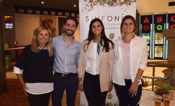 Mónica Devoto, Conrado Gyurkovits, Camila Abreu y Valentina Cancela