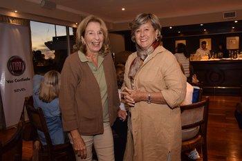 Elina Capurro y Marta Penades