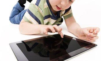 Un niño bloqueó la tableta electrónica de su padre hasta 2067. (Imagen ilustrativa)