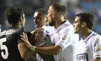 Carvalho y Cotugno junto a Corujo