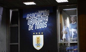 Uruguay y sus cuatro estrellas por los títulos de 1924, 1928, 1930 y 1950