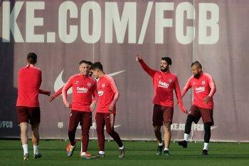 Luis Suárez en la práctica de Barcelona previa a recibir a Manchester United