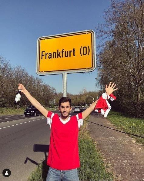 Aficionados del Benfica viajan a Frankfurt y se equivocan de ciudad