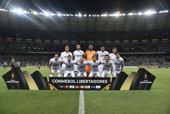 El once de Nacional en Belo Horizonte