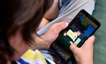 Niños y pantallas: un combo no del todo benigno