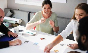 ¿Cómo podemos ser más felices en el trabajo?