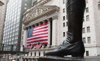 Bolsa de valores de Nueva York, ubicada en la emblemática calle Wall Street