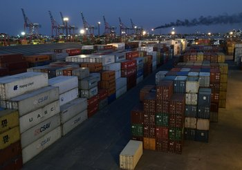 El comercio exterior se recupera del golpe de la pandemia.