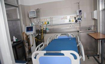 Los casos de covid-19 siguen en aumento y en el total de camas de CTI, el 44% de los pacientes están por el virus