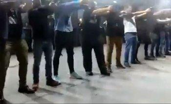 El video que publicó el hijo de Bolsonaro muestra varios defensores del presidente disparando