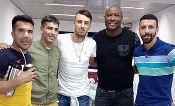 Jhon Ferreira, Mauricio Garrido de Potencia, Gonzalo Martínez de Potencia, el Chengue Morales e Ignacio Bejerez de Platense