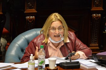 Bianchi, abogada y escribana, es la tercera en la línea de sucesión en el gobierno