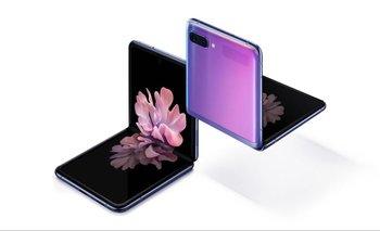 Disruptivo y práctico, el Galaxy Z Flip cuenta con pantalla de cristal plegable