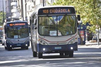 IMM lanzó prueba con cámaras en ómnibus para fiscalizar vehículos que anden por carriles solo bus