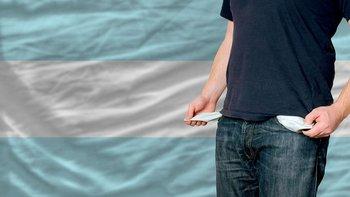 Argentina ya estaba en crisis cuando llegó la pandemia, que derrumbó el PIB otro 10%.