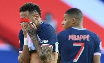 Neymar no puede creer la expulsión ante Lille