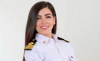 Marwa Elselehdar es la primera mujer en ser capitana de barco en Egipto