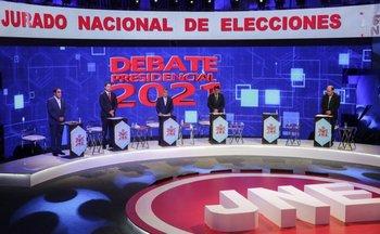 Candidatos a la presidencia previo a las elecciones en Perú