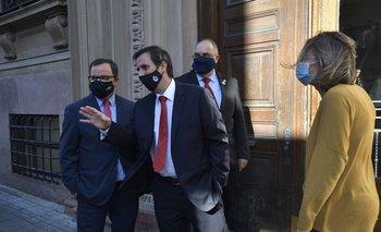 Los diputados del Partido Colorado negociaron en el Parlamento con los nacionalistas