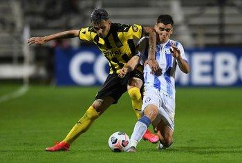 Cerro Largo y Peñarol empataron 2-2 en el Viera