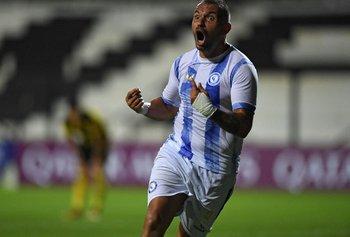 Enzo Borges celebra el gol del empate en la hora