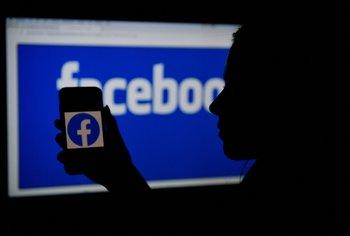 Las aplicaciones de Facebook otra vez en el centro de la polémica.