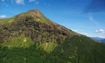 El volcán se considera activo por tener menos de 5.000 años de antigüedad.