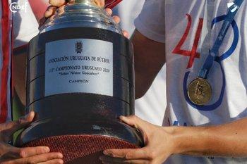 Nacional muestra en primer plano el nombre de Néstor Goncálvez en la Copa Uruguaya que ganó ante Rentistas