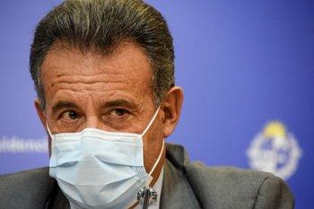 Esta tarde y el sábado los mayores de 70 agendados recibirán hora y fecha para vacunarse, informó Salinas