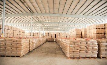 Stock de productos lácteos de exportación en Conaprole.