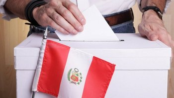 18 candidatos se disputan la presidencia en Perú en una de las elecciones más atomizadas de su historia reciente.
