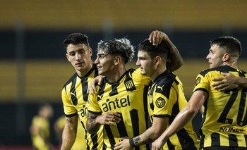 Peñarol  busca la primera victoria en el grupo de la Sudamericana ante Sport Huancayo