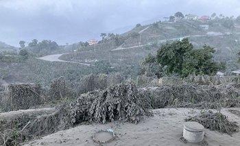 Así quedó el área próxima, tras la erupción del Volcán La Soufrière.