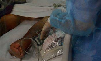 Investigarán la muerte de la paciente hallada caída de su cama