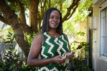 A sus 42 años, la angoleña Angelina Vunge se convirtió en la primera africana en llegar al Parlamento