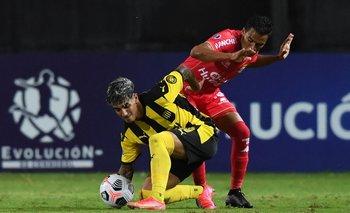 Facundo Torres ante Sport Huancayo