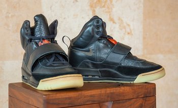 Las Nike Air Yeezy 1